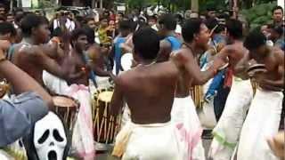 getlinkyoutube.com-Shinkaari melam from thrissur