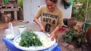 getlinkyoutube.com-วิธีการทำส้มผักกาดใส่ใบหอม สูตรสาวอีสานบ้านทุ่ง