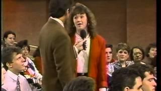 "getlinkyoutube.com-1 of 2 -- Geraldo:January 1991 --  ""Women Over 6 Feet and the Short Men Who Love Them"""