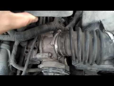 Форд Фокус 2, чистка дросселя, замена воздушного фильтра Focus 2, throttle cleaning
