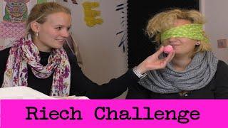 getlinkyoutube.com-NEUE Riech Challenge mit Eva & Kathi | Wer kann besser riechen?! Lustige Challenge