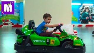 getlinkyoutube.com-ВЛОГ Киев Кидсвилль играем фермера и водим машину посетим магазин игрушек Kidswill shopping