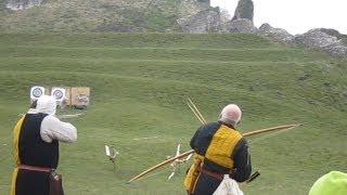getlinkyoutube.com-Medieval crossbow vs Longbow