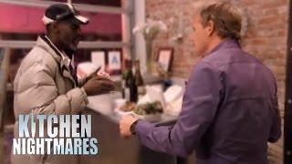getlinkyoutube.com-Gordon Catches Kitchen Thief - Kitchen Nightmares