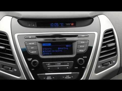 How to change the temperature display from Celsius to Fahrenheit on a 2015 Hyundai Elantra