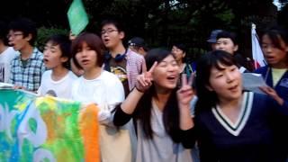 2015年9月16日:Sing For Peace  〜自由の森学園有志大合唱@国会前〜「民衆の歌が聞こえるか」