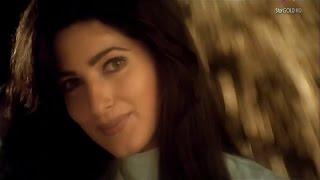 Mera Chand Mujhe Aaya Hai Nazar -Twinkle Khanna (1080p *HD*)