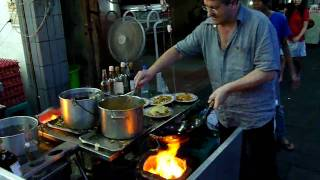 getlinkyoutube.com-Bangkok street restaurant (part 2)