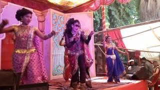 AAVAJ VADHAV DJ Lavni maya punekar dance at GHORPADI URUS