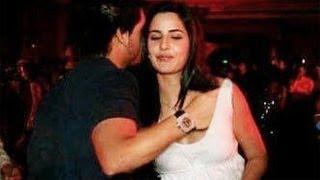 getlinkyoutube.com-Siddharth Mallya's Hand Inside Katrina Kaif's Top | SHOCKING