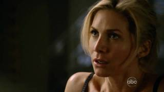 Elizabeth Mitchell In Bra   V Making Out With Hobbes!