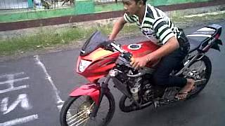 getlinkyoutube.com-Setting Drag Bike NINJA R 200cc si borek kecil