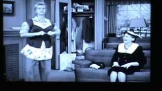 getlinkyoutube.com-8 Hilarious Moments I Love Lucy
