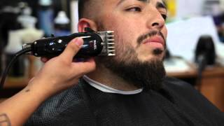 getlinkyoutube.com-Mid Skin Fade w/ Beard Fade Tutorial - JayTee The Barber