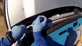 getlinkyoutube.com-Windshield Replacement on 2014 Chevrolet Silverado using the Rolladeck by Alfredo's Auto Glass