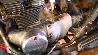 getlinkyoutube.com-Using Marvel Mystery oil to remove Aluminum Oxide and clean up rusty chrome on your motorcycle