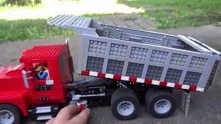 getlinkyoutube.com-LEGO Power Functions Dump Truck and Conveyor Belt