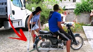 Falling Off a Motorcycle on Crutches (Real Dominican Vlog)