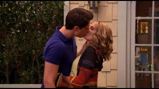 getlinkyoutube.com-Good Luck Charlie - Teddy and Spencer actually kiss (show finale)