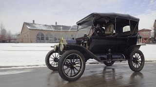 getlinkyoutube.com-Driving a Ford Model T Is a Lot Harder Than You'd Think! We Tried It