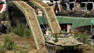 getlinkyoutube.com-BIG RC MODEL TANK COLLECTION SCALE 1:8 MILITARY VEHICLES IN ACTION / Intermodellbau Dortmund 2016