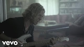 Casey James - Crying On A Suitcase