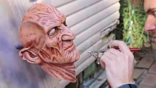 getlinkyoutube.com-Cosplay Chris Creates: Airbrushing a Freddy Krueger Resin Casting