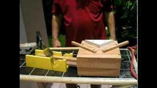 getlinkyoutube.com-Miter Box - Jigsaw