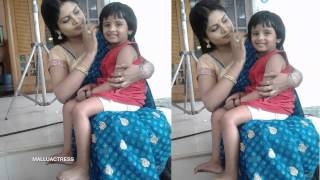 getlinkyoutube.com-Gayathri Arun Parasparam Serial Actress Deepthi