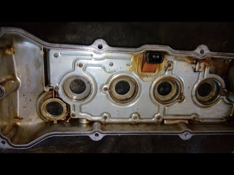 Nissan Primera P11. Замена уплотнителей свечных колодцев