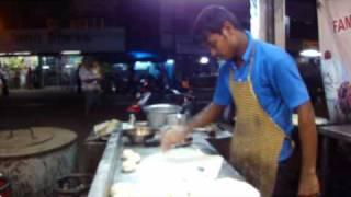 getlinkyoutube.com-multi-tasking... or just preparing delicious Porotas? (India)