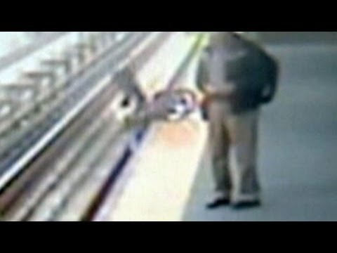 Stroller Falls on Subway Tracks, Toddler Safe: Caught on Tape