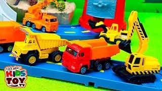 getlinkyoutube.com-Working machines. #Toys : transporter, garbage truck, truck crane, excavator, loader, dump truck.