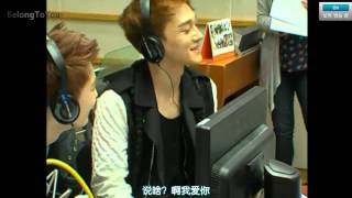 getlinkyoutube.com-【BTU出品】130530 KBS Kiss The Radio EXO (Full) [中字]