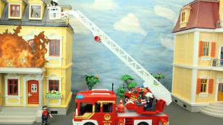 getlinkyoutube.com-Der Grossbrand Playmobil Feuerwehr Film marque maison Stop Motion