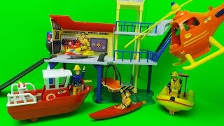 getlinkyoutube.com-Feuerwehrmann Sam RettungsStation Fireman Sam Ocean Rescue Centre SIMBA Toy Unboxing
