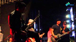 getlinkyoutube.com-PLESTER X - FAMILY PRIDE at MONKASEL SURABAYA UBHC TOUR 2014