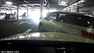 getlinkyoutube.com-駐車監視当て逃げ映像|ドライブレコーダー スマートレコ