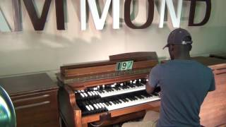 getlinkyoutube.com-# 197 Vintage Hammond B-3 with 122 Screaming Highs! Keyboard Exchange International