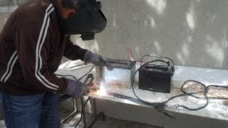 getlinkyoutube.com-Como soldar con dos baterias de auto