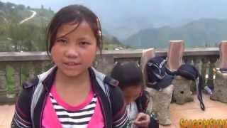 getlinkyoutube.com-Cô gái H'Mông tại Sapa nói tiếng Anh như Gió