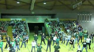 getlinkyoutube.com-Davis Middle School Staff Flash Mob Dance