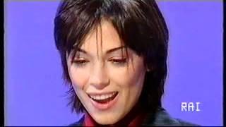 Daniele Luttazzi intervista Giorgia Surina (Satyricon 2001)