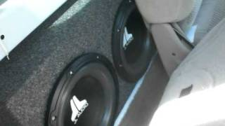 getlinkyoutube.com-4 JL 10w0v2's in an F150. And i still have my entire backseat.