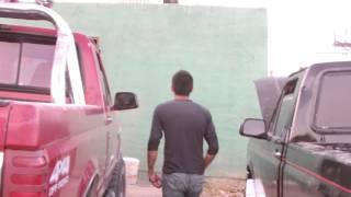 getlinkyoutube.com-CHOLO GANA 200 BRINCANDO UNA PARED