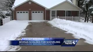 getlinkyoutube.com-Police called on woman, 73, who shovels snow into street