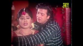 getlinkyoutube.com-Tui jodi amar hoitire (bangla movie song) Shakib khan,shabnor