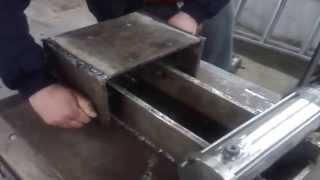 getlinkyoutube.com-Изготовление виброплиты своими руками 3
