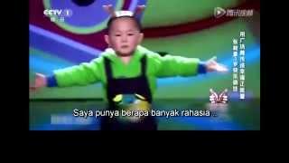 getlinkyoutube.com-Zhang Jung Hao Niño de 3 años Vs Xixi - Subtítulos Español