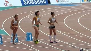 [스포츠경향] 심판 눈길까지 사로잡은 호주 육상스타 미셸 제네커의 '골반춤'